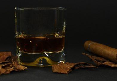Whiskygläser kaufen, Whiskybecher bestellen, Tumbler-Glas online bestellen, Nosing-Glas finden, Tasting-Glas online kaufen,